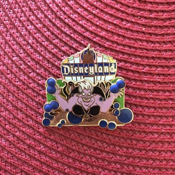 Disney Ursula pin